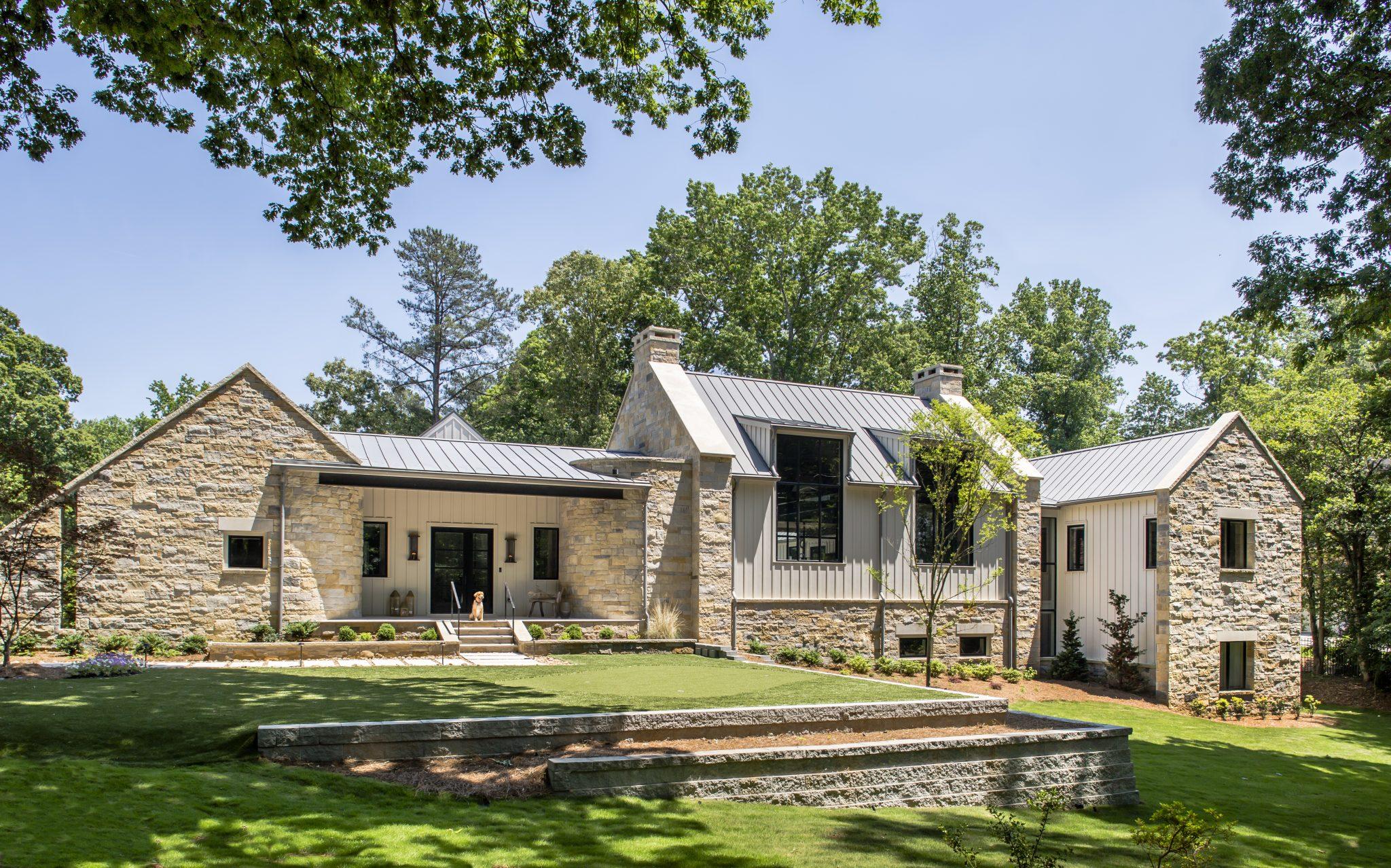Sunny Modern Farmhouse